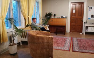 Ohjaaja Joni ihastui Lilinkotisäätiöön jo siviilipalvelusaikanaan